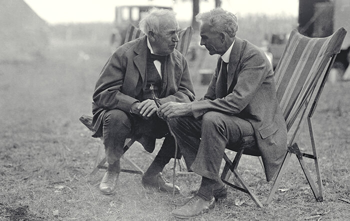 Thomas Edison (a sinistra) and Henry Ford